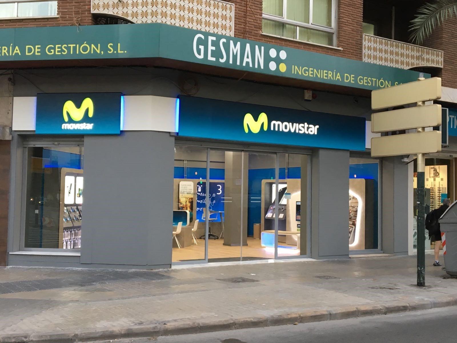 La tienda de la reforma top la imagen puede contener for Oficinas movistar valencia