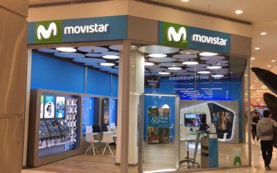 Reforma tienda Movistar en el Centro Comercial Plaza Río 2